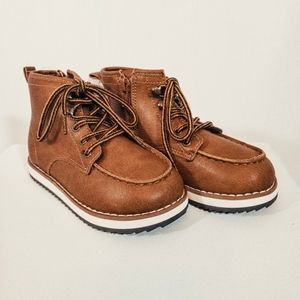 NWT Gap Toddler Lace Up Boots